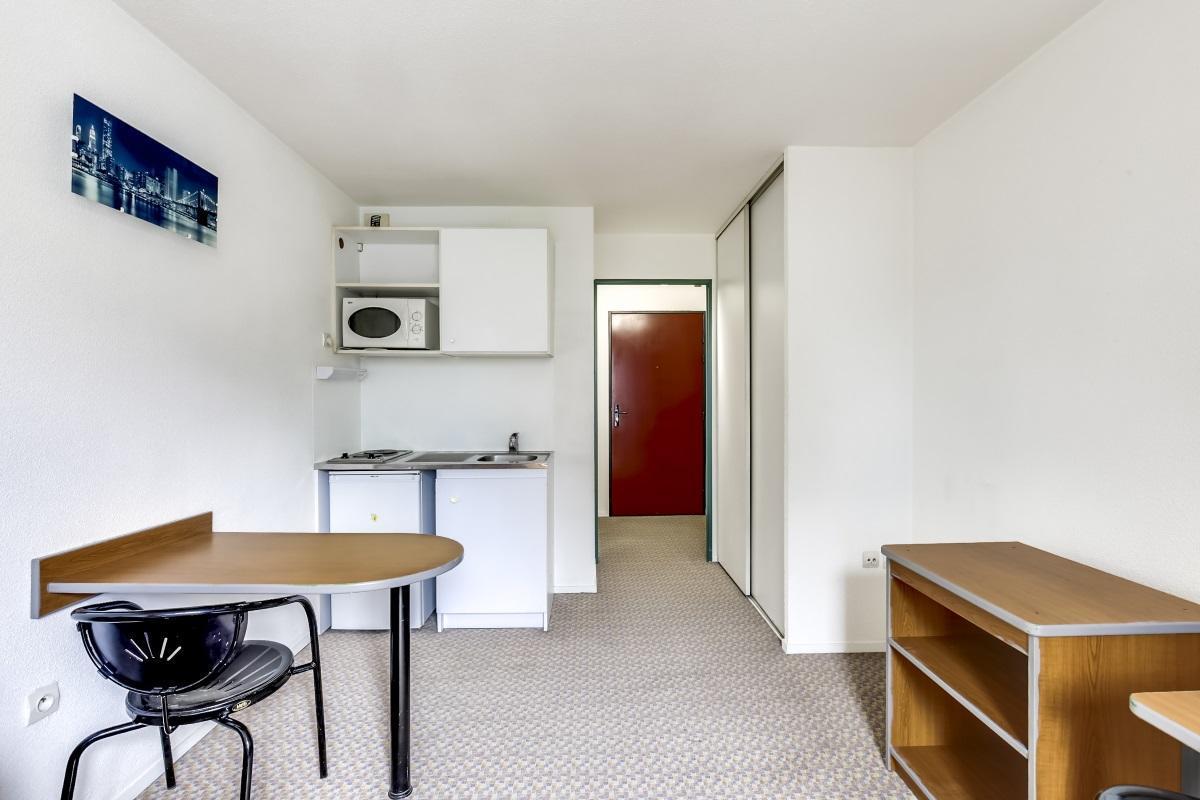 stud a porte d 39 orl ans logement tudiant montrouge. Black Bedroom Furniture Sets. Home Design Ideas