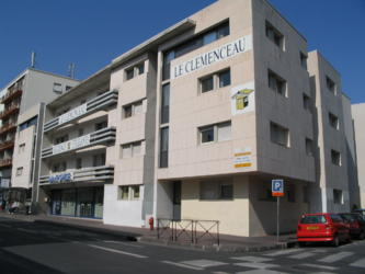 Logement tudiant acad mie de montpellier 35 r sidences for Piscine universitaire aix