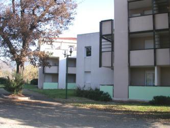 r sidences campus international logement tudiant la garde aravi paca. Black Bedroom Furniture Sets. Home Design Ideas