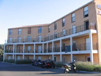 cardinal campus laura lisa logement tudiant la garde cardinal campus. Black Bedroom Furniture Sets. Home Design Ideas