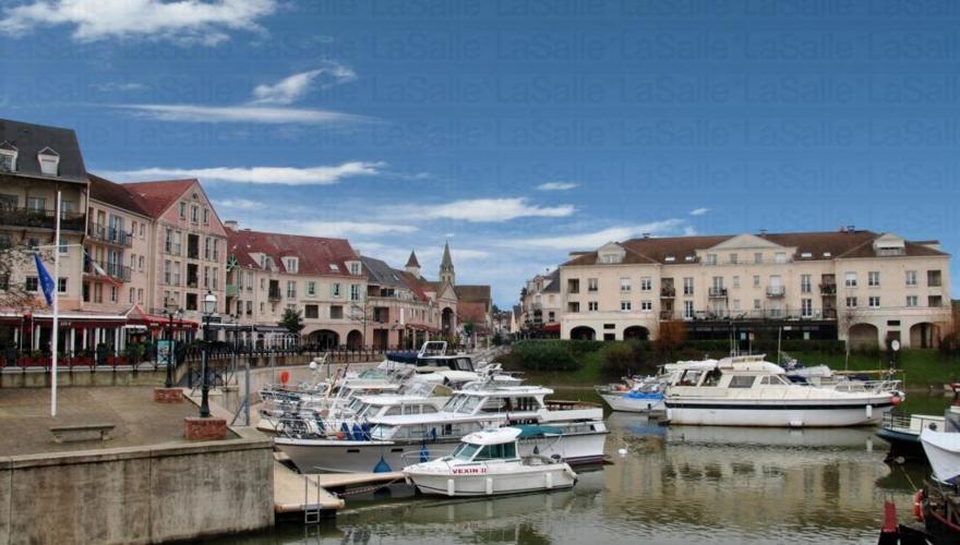 Cergy-Port (Proche de la Résidence)