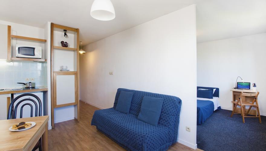 Les Estudines - Chambre & séjour