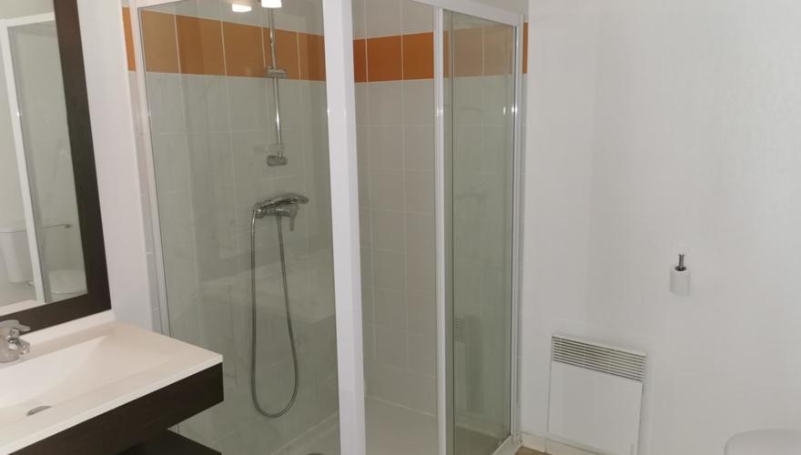 Salle de bain studio supérieur