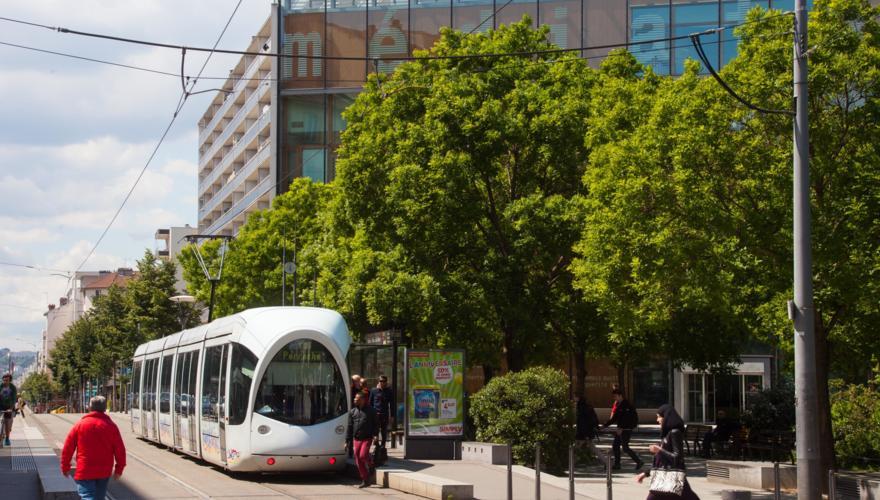 Tramway T2 Bachut Mairie du 8ème