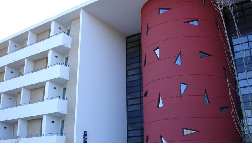 facade cg