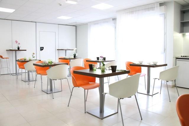 exemple intérieur cafétéria