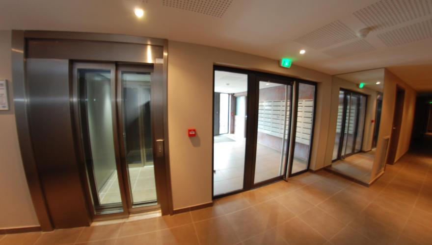 hall floor 7